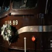 展示車両のクリスマス装飾